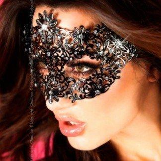 Mascara-negra-de-Chilirose