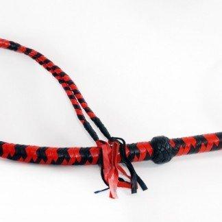 latigo-largo-rojo-y-negro-cuero-trenzado